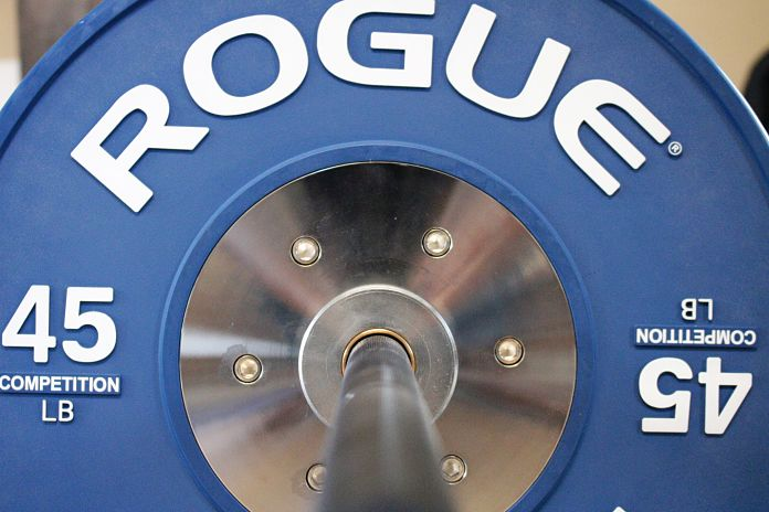 Rogue Ohio Power Bar with Rogue Competition Bumper Plates