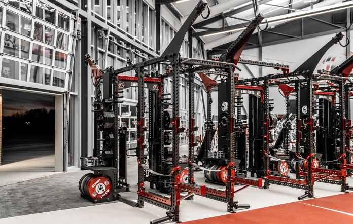 Gamecocks Weightroom - Garage Gym Lab