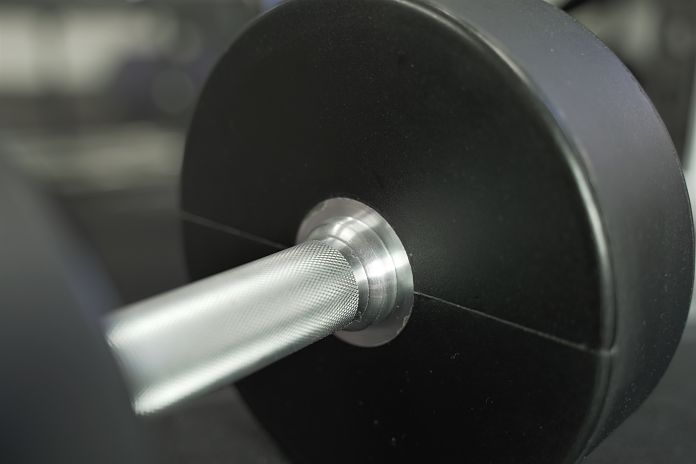 head, grip, and knurling of handle of a urethane dumbbell